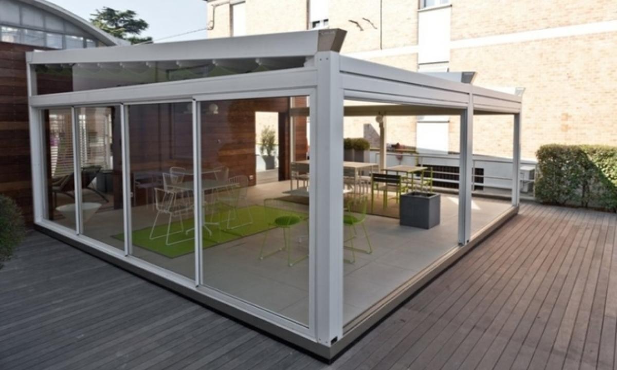 Come Chiudere Il Balcone Di Casa A Roma Veranda O Pergotenda Gazzetta Regionale