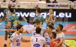 Superlega - La Top Volley alza bandiera bianca contro Perugia