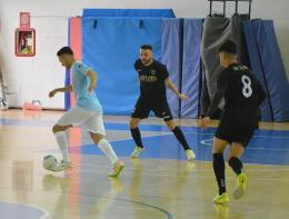 Gol ed emozioni: la Roma nel finale evita il ko nel con la Lazio
