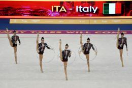 Le Farfalle della Ritmica volano in finale: Martina Centofanti sogna una medaglia