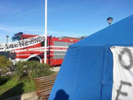 Policlinico Tor Vergata: i dipendenti della cooperativa Arcobaleno si barricano sul tetto dell'ospedale