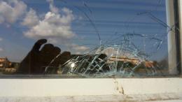 Focene, atti vandalici contro l'Istituto Colombo