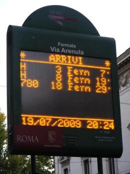 Prosegue ancora la serrata di Roma Tpl, tensione in periferia