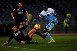 Brutti, sporchi, ma vincenti: la Lazio rimane in corsa