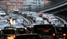 Camilluccia, ladro beffato dal traffico e arrestato dai Carabinieri