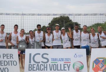 Il podio della quinta tappa dell'ICS Beach Volley Tour