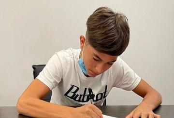 Ferrara firma con la Roma