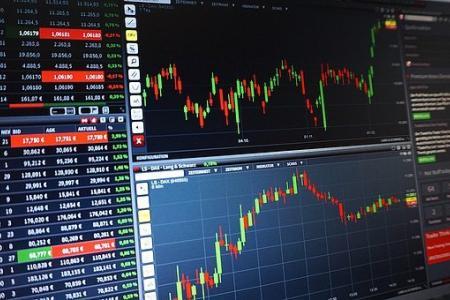 piattaforma di trading di valuta critico